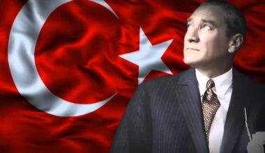 Atatürk'ün Hayatı Kısa Video